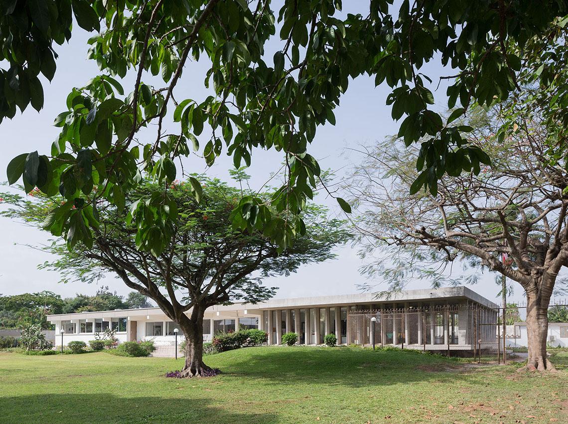 01_Swiss Embassy LocA 8899_1140x850